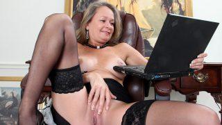 Porn Gets Her Excited Anilos.com – onlinexxx.cc