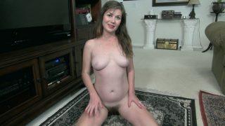 Ophelia Jones strips off her.. Wearehairy.com – onlinexxx.cc