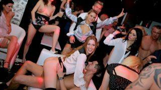 The Whores Of Wall Street.. Swingingpornstars.com – onlinexxx.cc